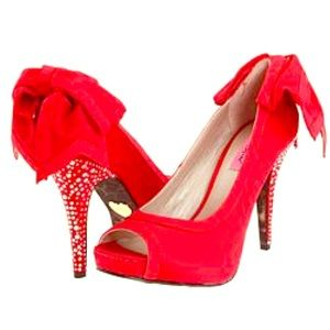 Betsy Johnson Casey Red Satin peep toe Shoes NIB